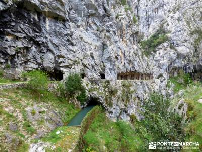 Ruta del Cares - Garganta Divina - Parque Nacional de los Picos de Europa;mochilas senderismo